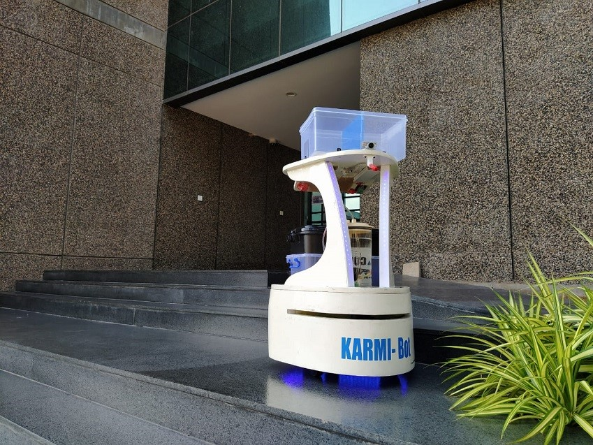 Robot cleaning outside of facility